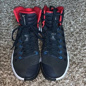 Nike Shoes - Nike Hyperdunk 2016